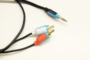 mini jack cable to phono